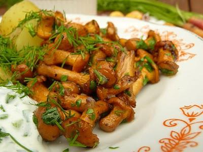 How to fry chanterelles: simple recipes